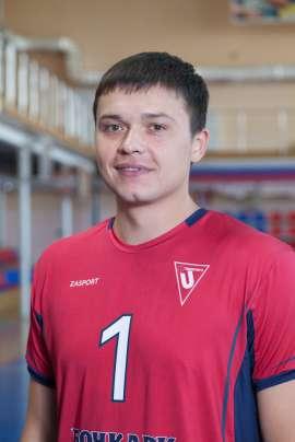 Максим Ненашев