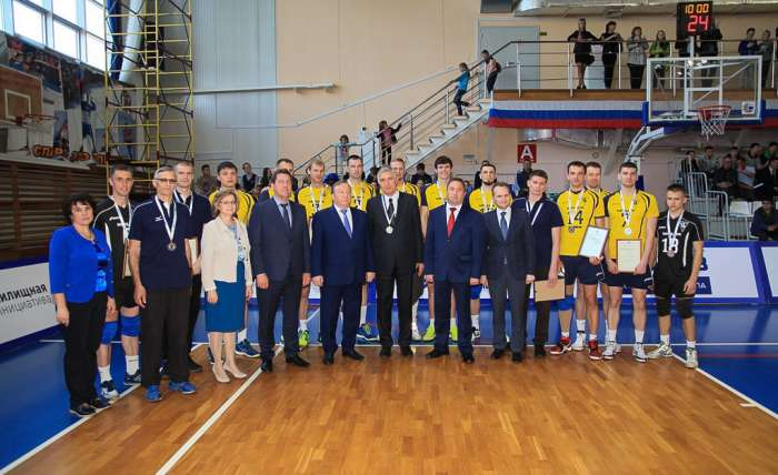 Торжественное мероприятие в честь 20-летия создания волейбольной команды «Университет».