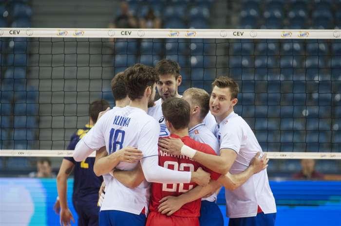 Сборная России завершила групповой этап Евро-2017 победой над Испанией
