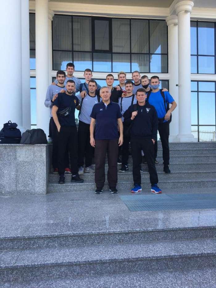 «Университет» прилетел в Грозный на финал Кубка 75-летия Победы