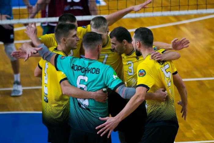 «Университет» открыл турнир за 7-12-е места победой над «Тюменью» − 3:1