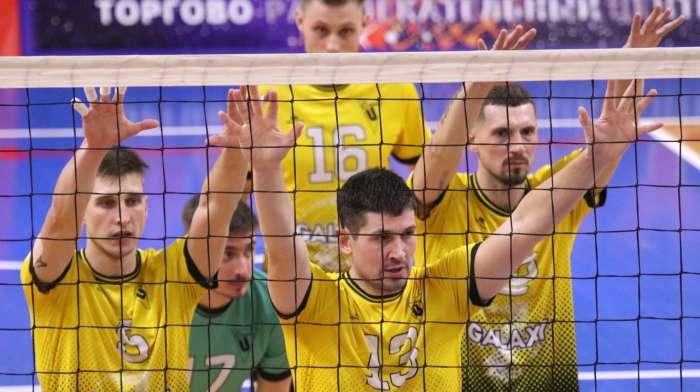 В первом домашнем матче сезона «Университет» уступил «Тюмени» - 1:3